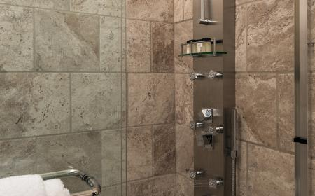 Private bath with shower