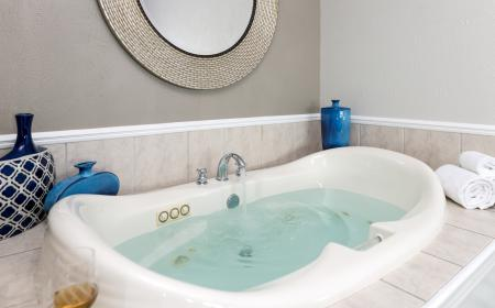 In-rrom Jacuzzi