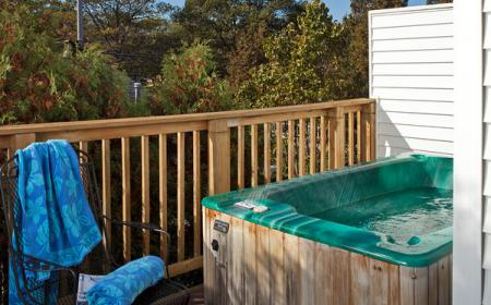 Outdoor deck and hot tub