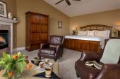 Highbanks King Suite